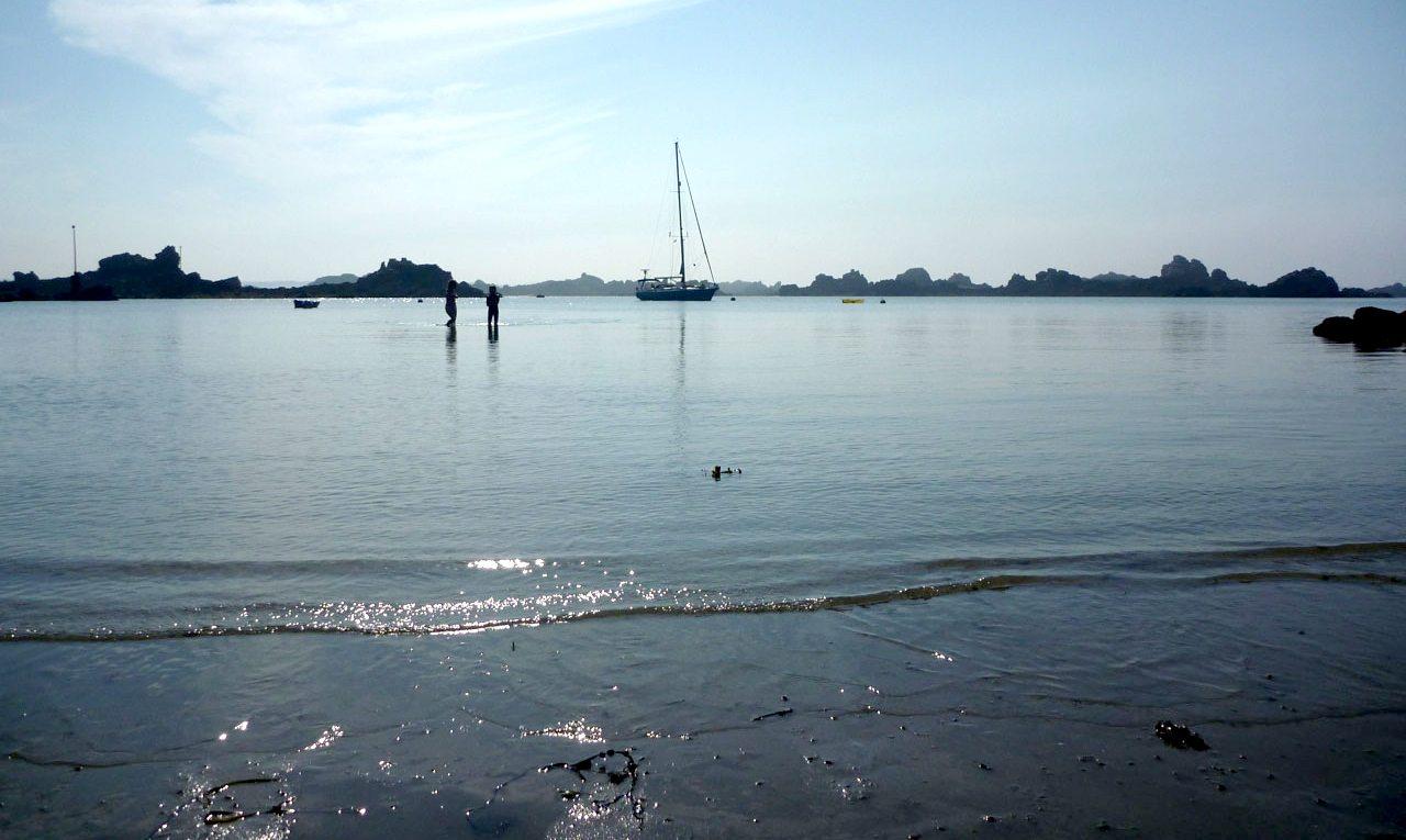 Sailing holidays Brittany, Cherokee at anchor at Ile de Brehat
