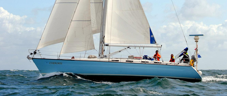 Segelyacht-Cherokee_Offshore-Yacht-Charter