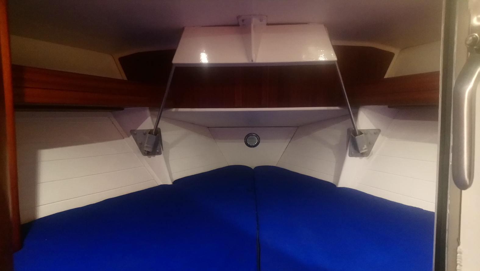 Forepeak-sailing-yacht-cherokee