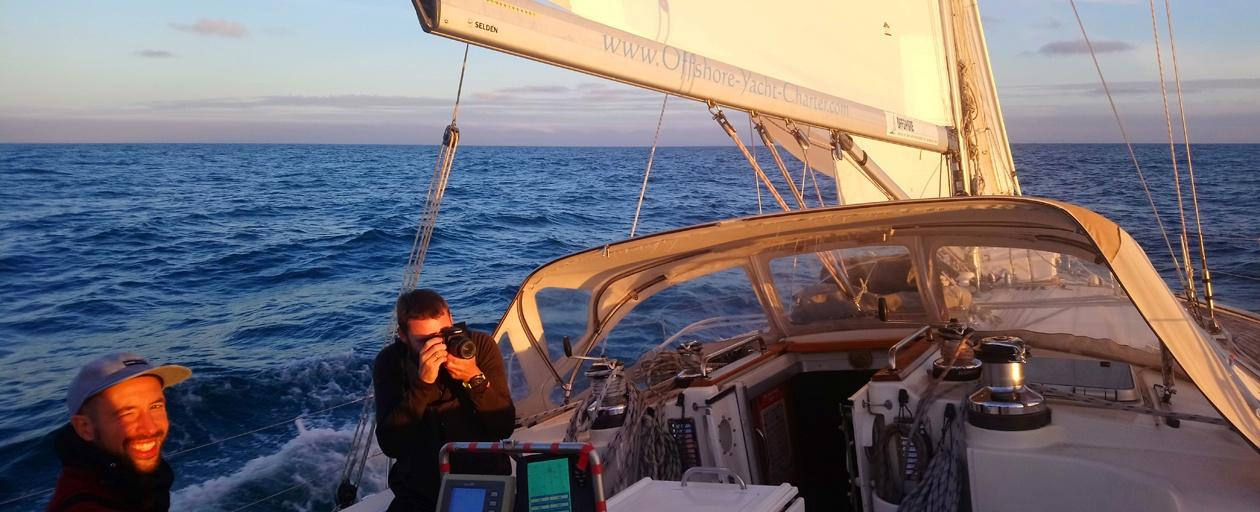 ocean-crossing-sailing